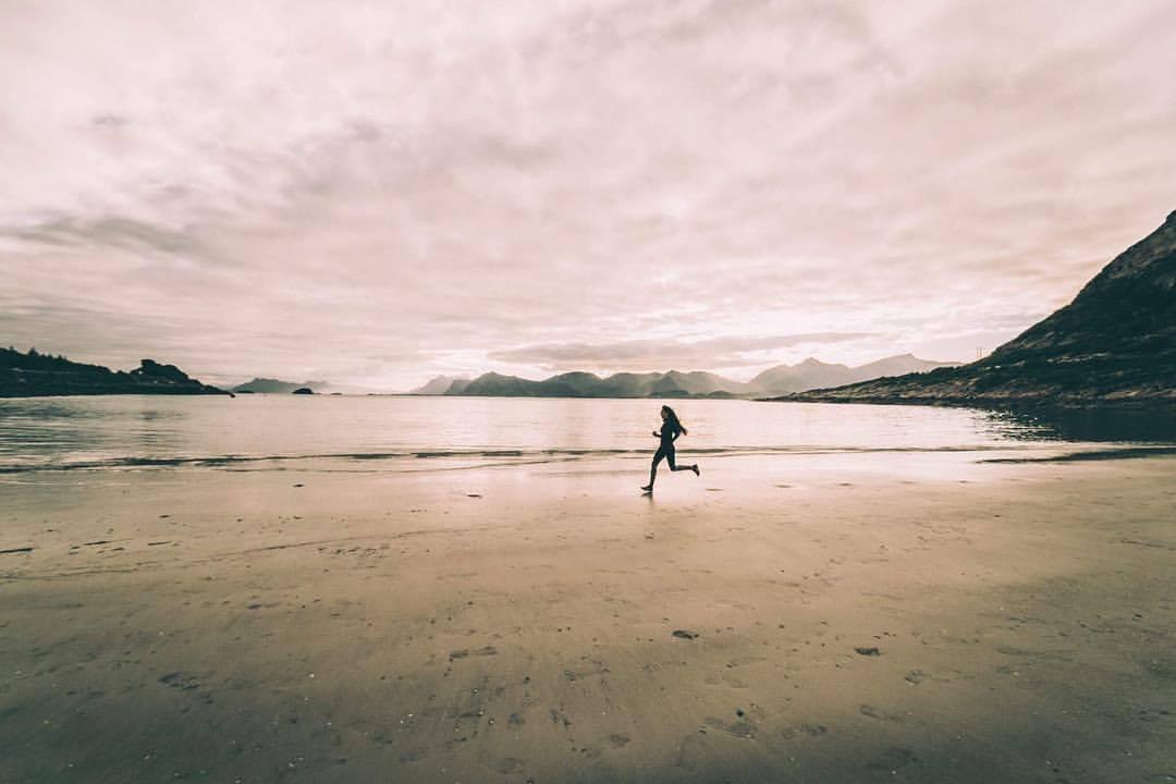 RorvikStranda Hennigsvaer spiaggia