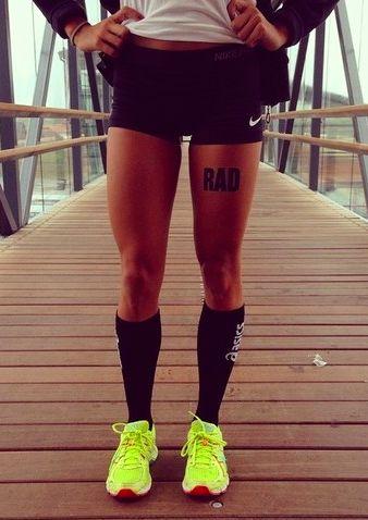 Gambe muscolose e toniche