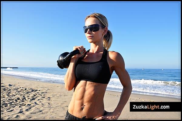 allenamento con i kettlebell di Zuzka Light