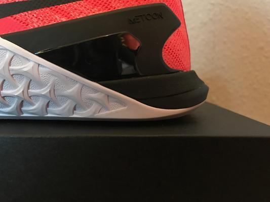 dettaglio del tallone scarpe crossfit Nike Metcon 3